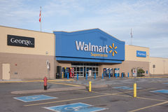 Walmart Supercentre fotos de archivo