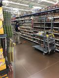 Walmart tomate. Worker WTHH se suicido Stock Photography