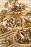 Walnusskleine kuchen Stockfoto