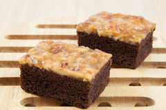 Walnut toffee cake Royalty Free Stock Photography