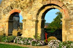 walpole Ruiny średniowieczny cistercian opactwo w Transylvania , Rumunia zdjęcia stock