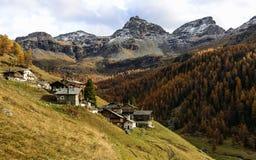 Walser-Dorf (Ayas-Tal, Nord-Italien) Stockfotos
