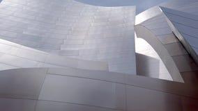 Walt Disney Concert Hall na baixa de Los Angeles - LOS ANGELES, EUA - 1º DE ABRIL DE 2019 vídeos de arquivo