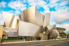 Walt Disney Concert Hall på en molnig dag Fotografering för Bildbyråer