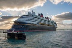 Walt Disney Cruise Ship Lizenzfreies Stockfoto