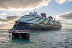Walt Disney Cruise Ship Lizenzfreies Stockbild