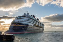 Walt Disney Cruise Ship Royaltyfri Bild