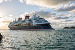 Walt Disney Cruise Ship Lizenzfreie Stockfotografie