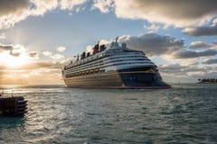 Walt Disney Cruise Ship Lizenzfreie Stockfotos