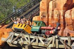 Walt Disney linii kolejowej Światowa przejażdżka w Magicznym królestwa Theeme rodziny parku Zdjęcia Stock