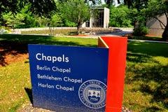 Waltham, MA: Brandeis uniwersyteta 3 kaplic znak Zdjęcia Stock