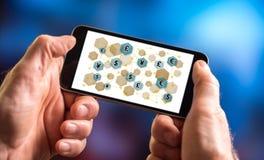 Waluty sieci pojęcie na smartphone Zdjęcia Stock