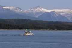 Walvis het letten op boot op Juneau, Alaska royalty-vrije stock foto