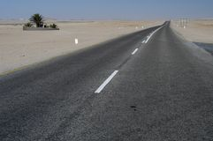 Walvisbay highway, Namibia Royalty Free Stock Photos