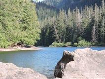 Wanatchee森林远足暗藏的湖 免版税库存图片
