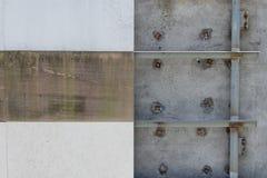 Wand deckt unfinish mit Ziegeln Lizenzfreies Stockbild