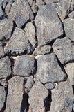 Wand des Basalts (vulkanischer Felsen) hergestellt Stockfotos