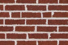 Wand des roten Backsteins mit weißem mortor stockfotos
