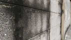 Wand eines alten Hauses gemacht von den Ziegelsteinblöcken Lizenzfreies Stockbild