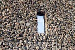 Wand eines alten verlassenen Schlosses Lizenzfreie Stockfotografie