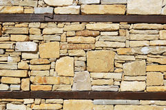 Wand eines traditionellen bulgarischen Hauses Stockbild