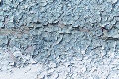 Wand gemalt mit grauer und blauer Farbe Die Farbe bricht ab Stockbilder