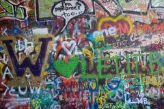 Wand John-Lennon in Prag Stockbild