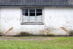 Wand mit Fensterhintergrund Stockfoto