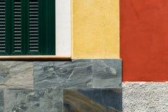 Wand- und Fenstergraphik lizenzfreie stockfotos