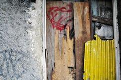 Wand und Holz stockbild