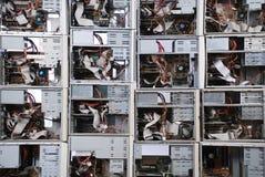 Wand vom alten Computerkasten. Stockbilder