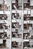 Wand vom alten Computerkasten. Stockbild