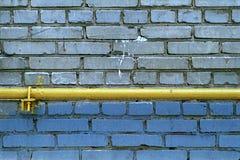 Wand von Grey Bricks mit gefäß Lizenzfreie Stockfotografie