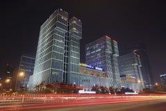 Wanda Plaza byggnad på natten, Peking, Kina Arkivbild