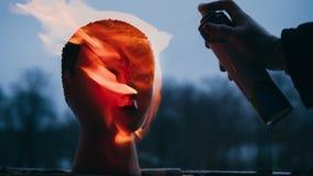 Wandali sety podpalają głowa atrapa zdjęcie wideo