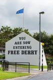 Wandbild-Straßen in Derry (LondonDerry) stockbild