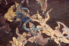 Wandbilder, die den Mythos von Ramakien in Wat Phra Kaew Palace, alias in Emerald Buddha Temple darstellen Bangkok, Thail lizenzfreie stockfotografie
