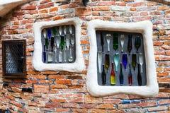Wanddekoration im Freien von Kunst Haus Wien, Wien Stockbilder