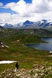 Wandelaar in Noorwegen Stock Afbeeldingen
