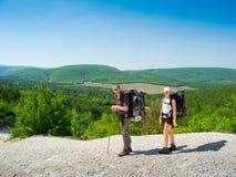 Wandelaars op een weg Stock Foto