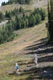 Wandeling in de bergen royalty-vrije stock afbeelding
