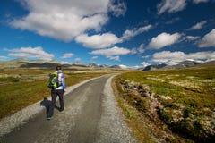 Wandeling in het nationale park van Rondane stock afbeelding