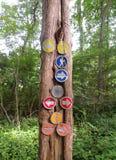 Wandelingstekens in een Park van Connecticut stock foto's
