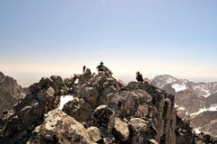 Wanderer auf Berg Stockfotografie
