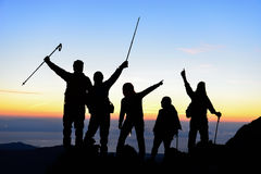 Wanderer auf Berg stockfotos