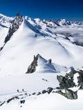 Wanderer auf dem Gletscher Stockfotografie