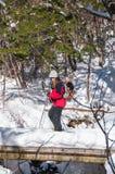 Wanderer auf dem Jizo-Durchlauf in der Präfektur Nagano, Japan Lizenzfreie Stockfotografie