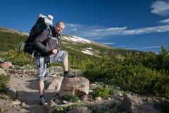 Wanderer auf Spur Lizenzfreies Stockfoto