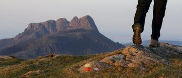 Wanderer im Aiako Harriak Naturreservat Stockfotografie