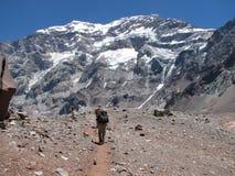 Wanderer im Berg Stockfotos
